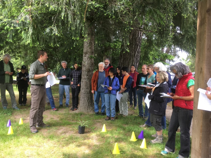 training class for volunteers to report invasive weeds on trails